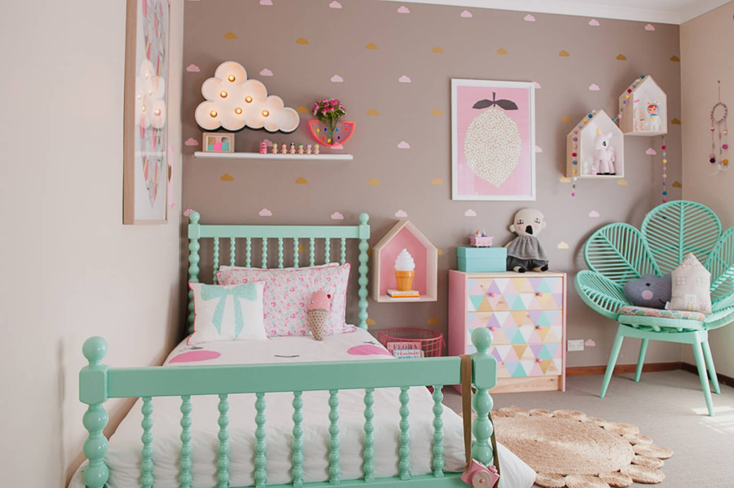 Playful-Kids-Bedroom-by-Danielle-Parisi